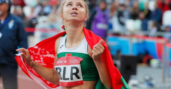 Лекоатлетката Кристина Цимановская беше приютена в посолството на Полша в