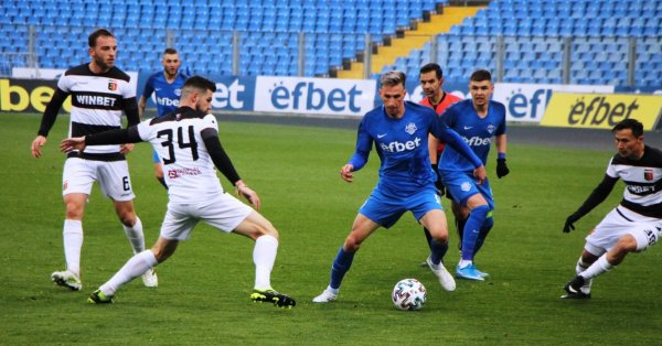 Отборите на Арда и Локомотив Пловдив изиграха един от най-резултатните