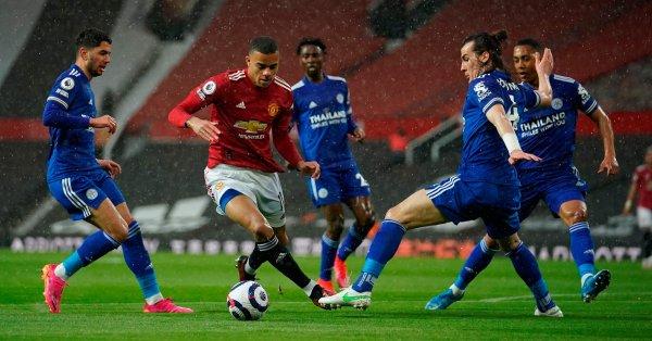 Манчестър Юнайтед загуби домакинството си на Лестър с 1:2 в