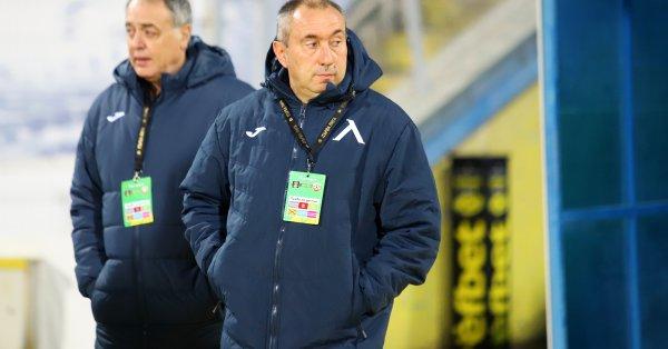 Треньорът на Левски Станимир Стоилов направи много за клуба в