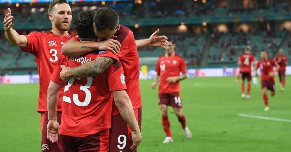 Швейцария победи с 3:1 Турция на Олимпийския стадион в Баку