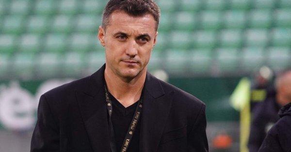 Треньорътна Лудогорец Станислав Генчев бе видимо разочарован след поредната загуба