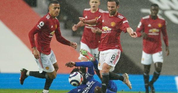На Манчестър Юнайтед трябва да бъдат отнети 6 точки заради