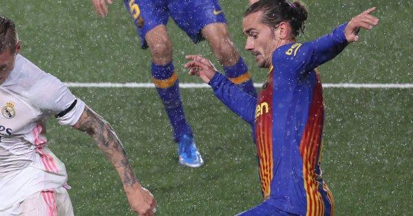 Нападателят Антоан Гризман бе оставен на резервната скамейка на Барселона