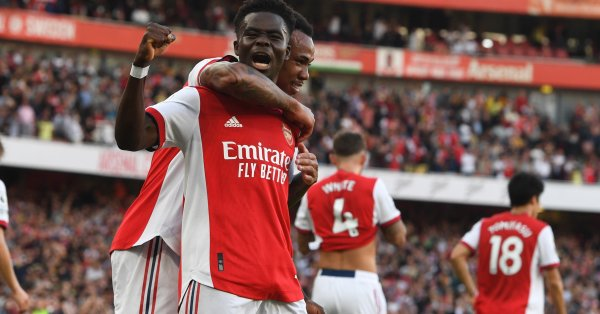 Арсенал срази местен големия съперник Тотнъм с 3:1, за да