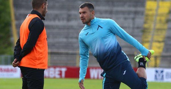 """Славия също иска да привлече Валери Божинов. Вчера """"белите"""" са"""