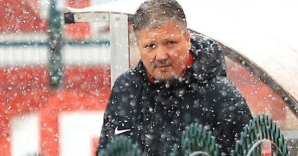 Наставникът на ЦСКА Любослав Пенев ще отговаря на въпросите на