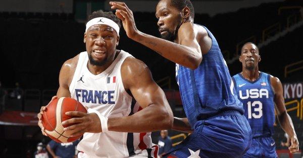 Баскетболният отбор на САЩ затвърди подозренията, че е в слаба