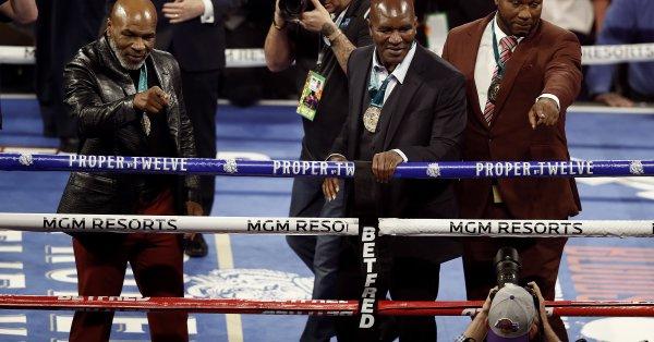 Легендата на бокса от близкото минало – Ивендър Холифийлд, ще