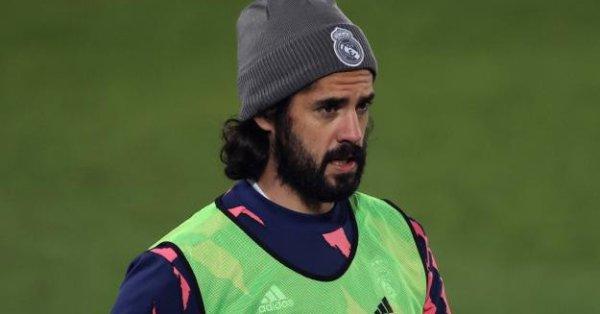 Реал Мадрид все още възнамерява да се раздели с халфа
