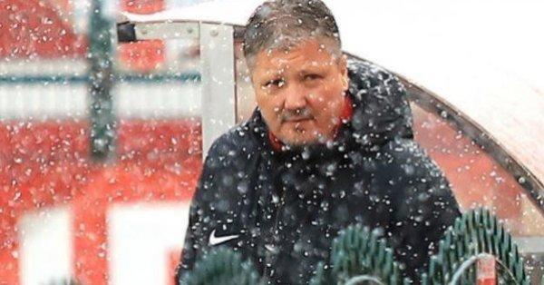 Треньорът на ЦСКА Любо Пенев бе видимо разочарован от изпусната