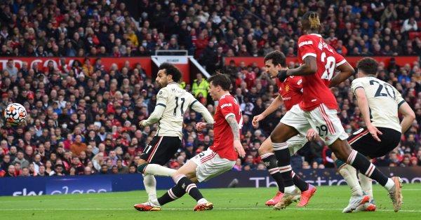 Нападателят на Ливърпул Мохамед Салах стана най-резултатният африкански футболист в