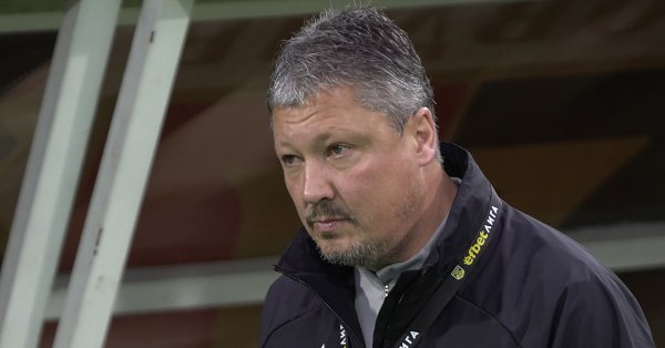 Старши треньорът на ЦСКА Любослав Пенев не остана очарован от