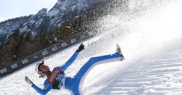 Страховит инцидент се случи на световното първенство по ски скокове