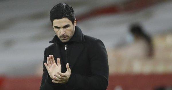 Братът на футболиста Мутлу намекна, че 32-годишният германец ще премине