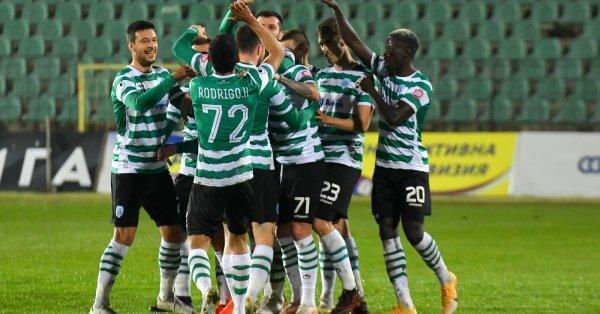 Черно море приема Ботев Пловдив в първия си мач от