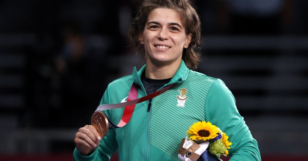 Бронзовият медал на Тайбе Юсеин в категория до 62 кг