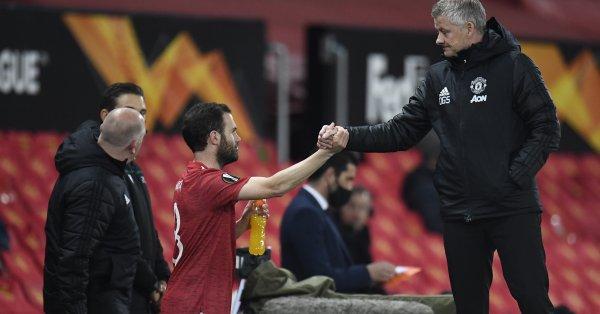 Манчестър Юнайтед - Бърнли, среща от 32-ия кръг на английската
