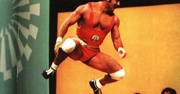 Йордан Биков е български състезател по вдигане на тежести в
