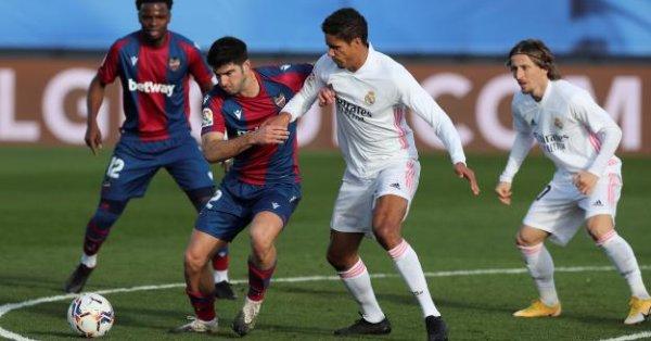 Реал Мадрид планира да продължи договорните си взаимоотношения със защитника