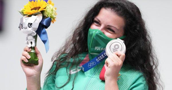 България спечели сребърен медал чрез Антоанета Костадинова във вчерашното утро