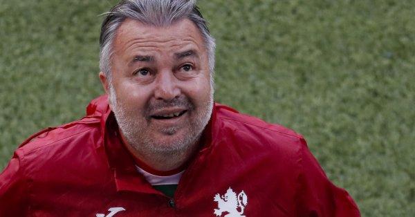 Селекционерът на националния отбор по футбол Ясен Петров бе доволен