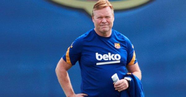 Треньорът на Барселона Роналд Куман се оплака от отношението към