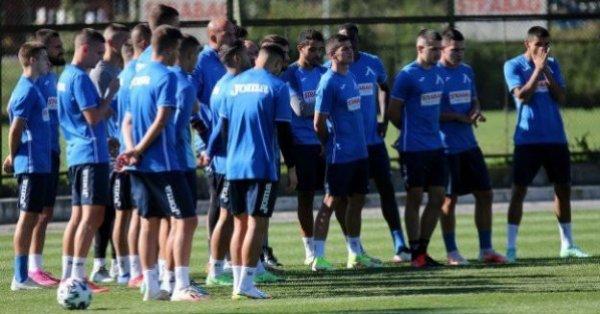 Локо София приема днес на националния стадион Левски. Столичното дерби