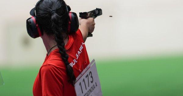 Най-добре представящата се досега олимпийка на България – Антоанета Костадинова,