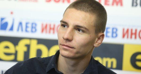 Националът Валентин Антов ще запише втори мач като титуляр в