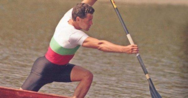 свързани статии Николай Петков Бухалов е български спортист, най-успешният състезател