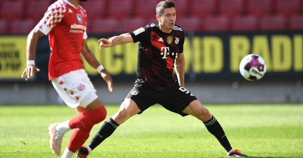 Германският шампион Байерн Мюнхен е получил оферта за головата си