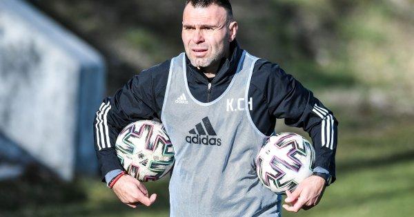 Красимир Чомаков е получил предложение да остане в школата на