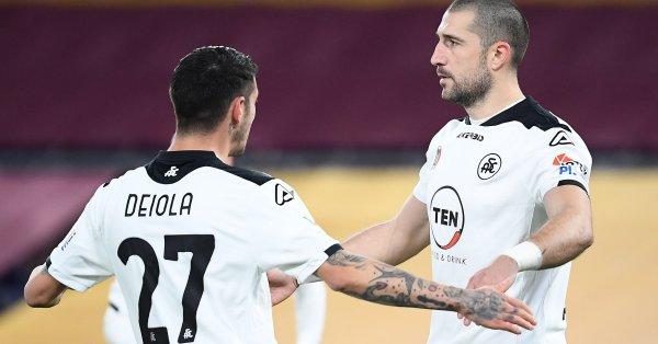Останалият извън състава на националния отбор Андрей Гълъбинов отбеляза трети