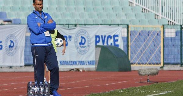 """Веселин Великов е новият старши треньор на """"Етър"""". Двете страни"""